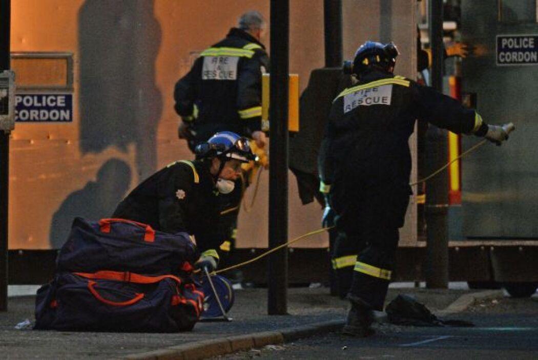 Ocho personas han muerto tras estrellarse la noche del viernes un helicó...