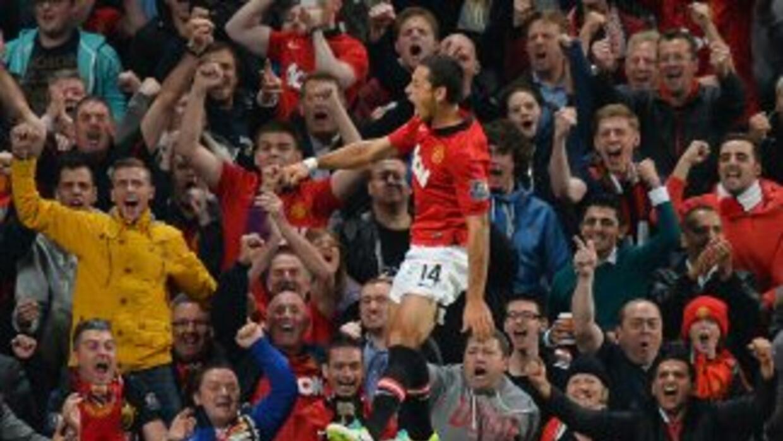 El mexicano hizo el único gol para que los 'Red Devils' se impusieran al...