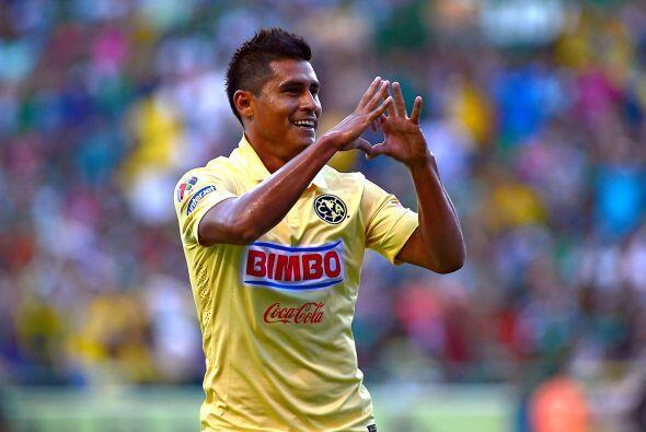 Fue el propio Peralta quien le dejó el balón a Osvaldo Martínez para hac...