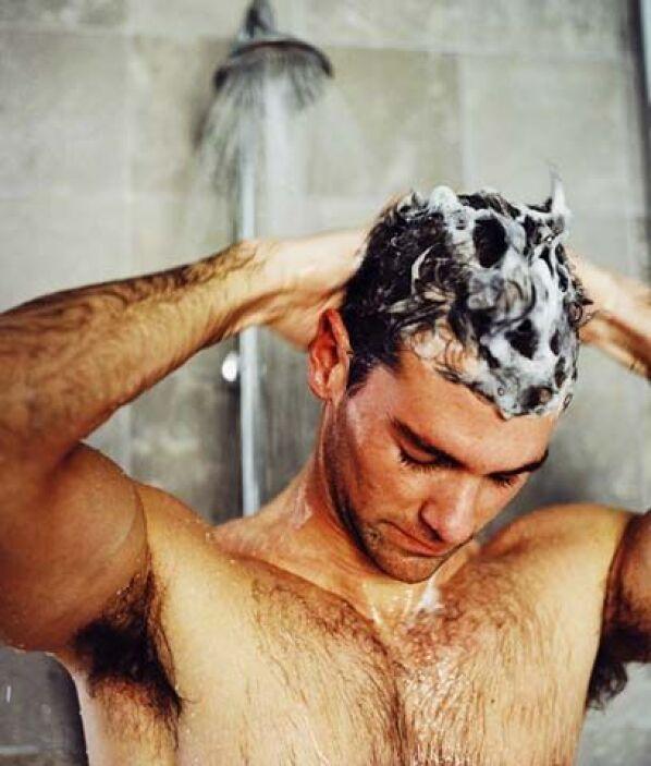"""4. Cuida el agua""""Toma duchas más cortas y cierra el agua cuando cepilles..."""