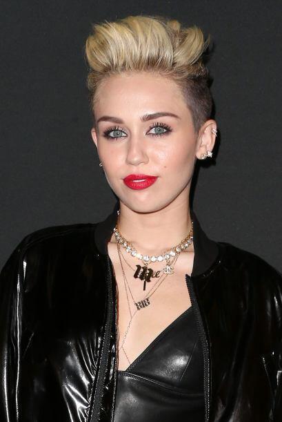 A Miley Cyrus no hay quien le robe los primeros lugares en cuanto a las...