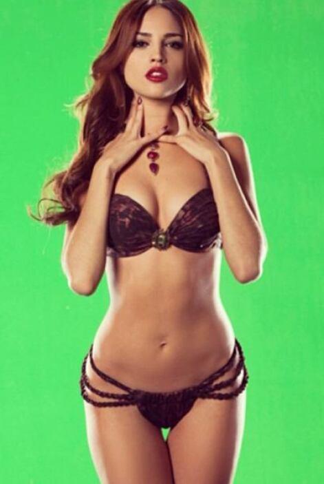 Eiza González se pone cada vez más sexy.