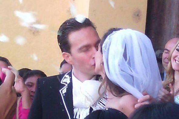 Anahí tuvo una boda de ensueño y unió su vida por todas las leyes con el...