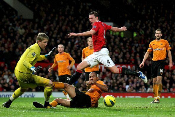 Manchester United goleó 4 a 1 y pudo ser más.