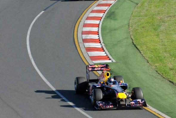 Esta vez, Vettel tuvo una estrategia perfecta y ganó la carrera d...