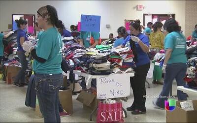 Voluntarios brindan ayuda a menores indocumentados