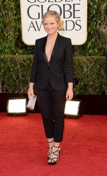Si bien el traje de Amy Poehler no es un maravilloso vestido, la anexamo...