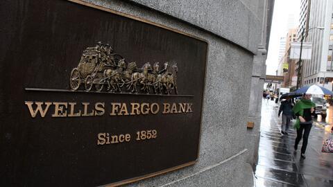 Una demanda acusa a Wells Fargo de negar créditos a beneficiarios de DACA