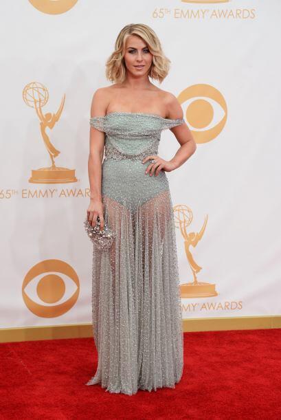 Julianne Hough fue una de las más sensuales de los Emmy gracias a...