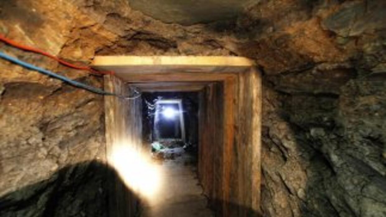 Entre 1990 y 2011, autoridades han encontrado 137 túneles entre México y...