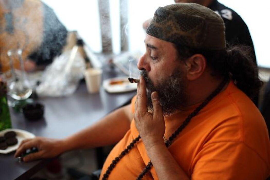 La aceptación de la droga como un fuente legítima de ingresos subrayó la...
