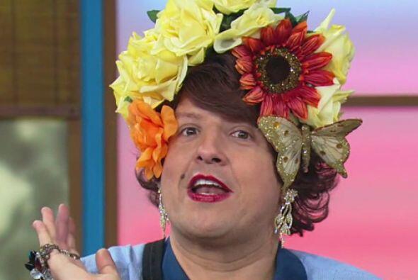 Doña Meche fue la modelo perfecta de estas tiaras que te har&aacu...