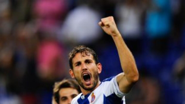 Christian Stuani celebra su gol ante Valencia.
