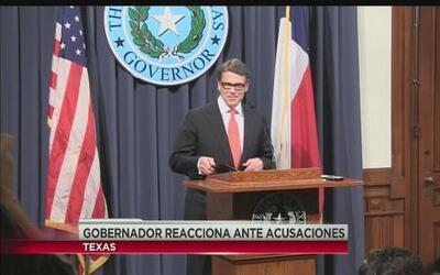Perry cataloga de inauditos los cargos por los que fue demandado
