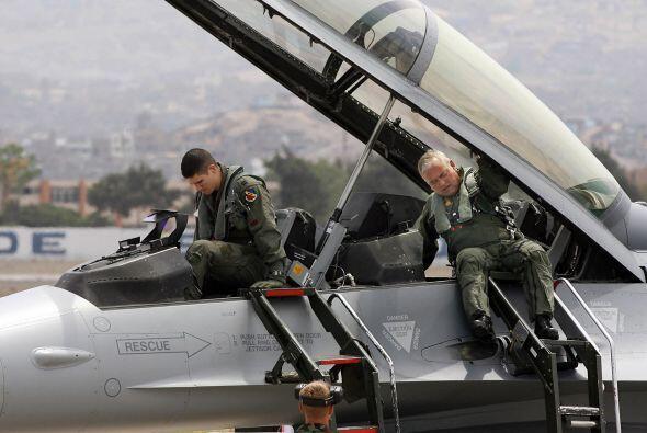 39- La Fuerza Aérea de Perú ha sufrido 465 bajas.