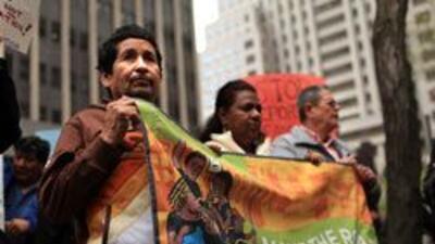 Discriminación contra inquilinos latinos 'sin papeles' b6545ececf1f4e36a...