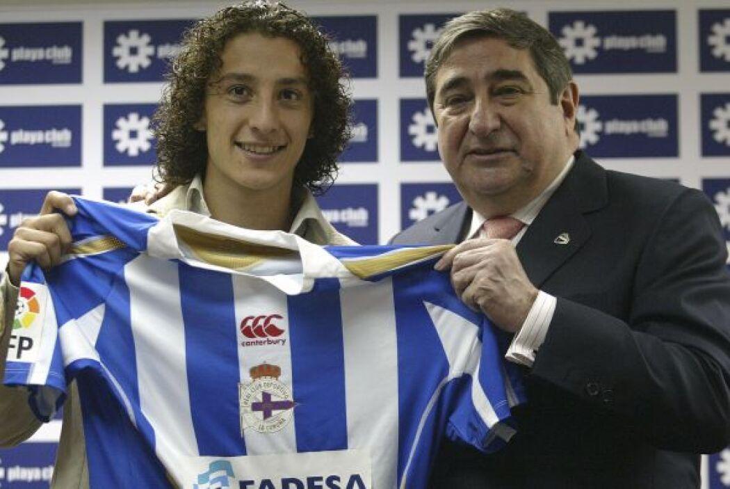 Guardado Hernández llegó al Deportivo La Coruña donde permaneció cinco a...
