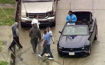 Dos presuntos ladrones protagonizaron una persecución con acrobac...