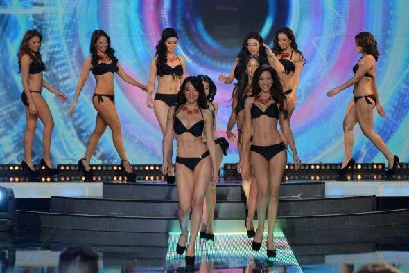 La octava temporada del 'reality show' te trae a un grupo de mujeres bel...