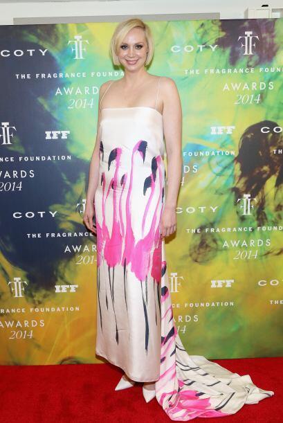 Gwendoline Christie se pasó de flamingos con este vestido.