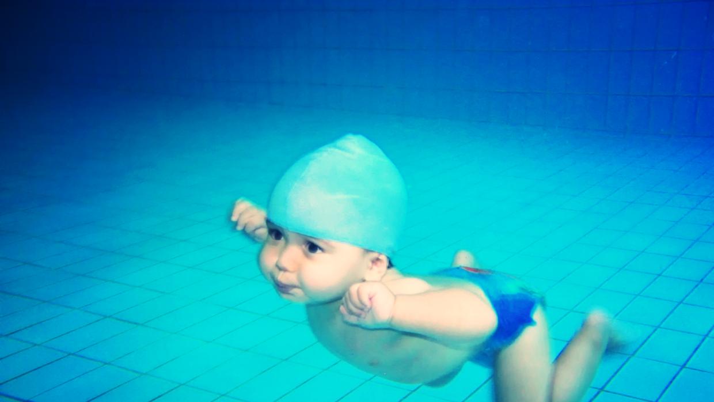 Cuidado con tus peques en la piscina