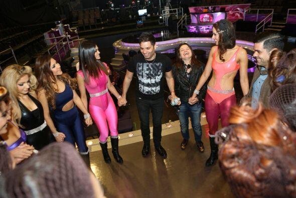 Se nota que el equipo de Nuestra Belleza Latina es una verdadera familia...