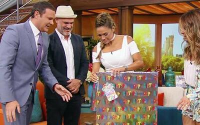 El regalo que le sacó las lágrimas a Karla Martínez