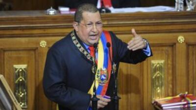 El gobierno venezolano ordenó el regreso de su personal consular en Miam...