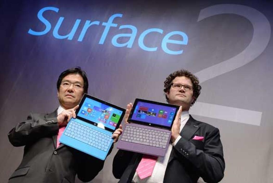 Su monitor Clear Type Full HD mide 10,6 pulgadas y es ligeramente más pe...