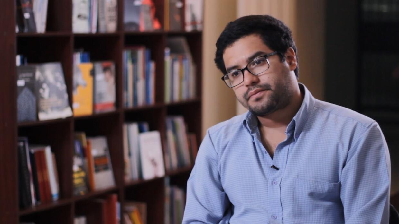 Los retos del periodismo hoy: Entrevista exclusiva con el reportero Ósca...