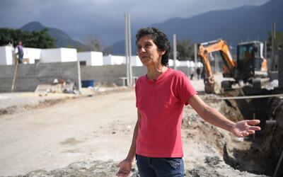 Maria da Penha, una de las residentes que se quedó en la Vila Autodromo,...
