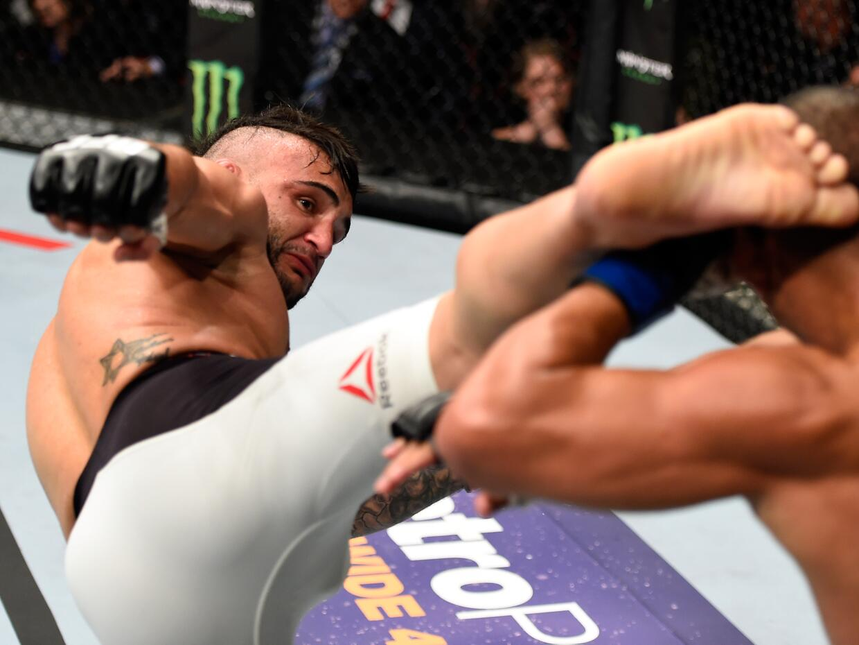 UFC John Lineker John Dodson 1.jpg