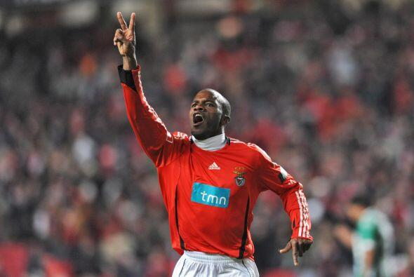En 2009 la 'Pantera' jugó con el Benfica y se llevó la copa lusa.