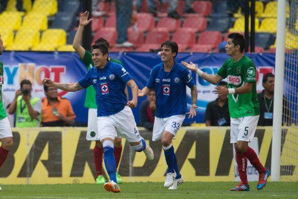 Anotó el segundo gol de Cruz Azul al minuto 42, jugó los 9...