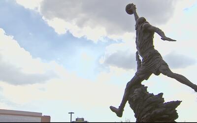 Las estatuas de los héroes deportivos de Chicago