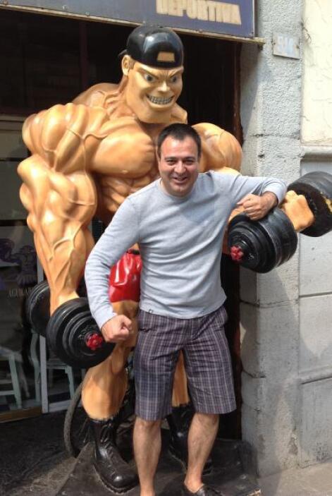 Aun de vacaciones, Jorge no descuidó su rutina de ejercicios.