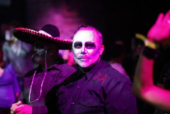 Desde México en donde los típicos 'charros' también se han disfrazado pa...