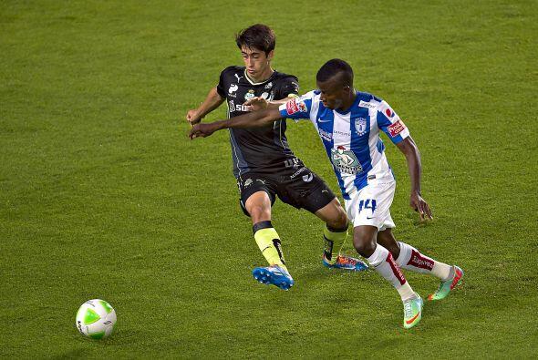 Javier Abella (5): El lateral derecho de Santos dejó mucho que desear en...
