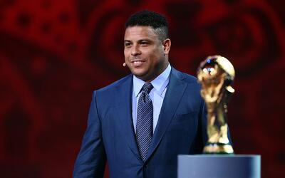 Ronaldo vuelve al Real Madird, esta vez a las oficinas.