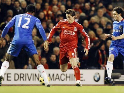 La fecha 11 de la Liga inglesa vivió el duelo entre Liverpool y C...