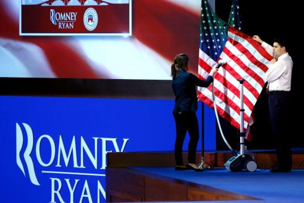Todo está preparado en el cuartel general del candidato republicano para...