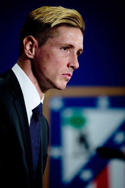 El delantero Fernando Torres fue presentado como nuevo jugador del Atlét...