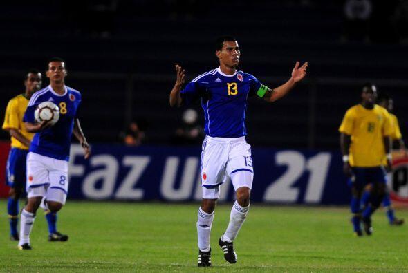 El colombiano Edwin Cardona, de penal, convirtió el único gol cafetero.