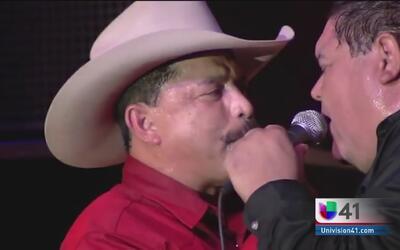 Raúl Navaira rinde tributo a su hermano Emilio a un año de su muerte