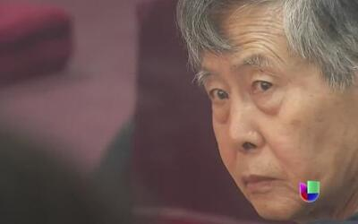 Fujimori volvió muy desmejorado al banquillo de los acusados en Perú