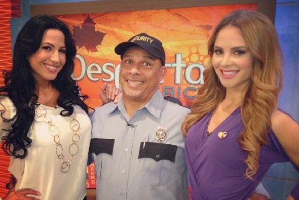 """""""Hoy @klichehumor está feliz con tanta chica en @DespiertaAmeric. Nuestr..."""