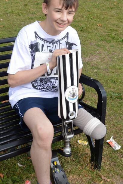 Seis meses después de ser diagnosticado con la enfermedad le realizaron...