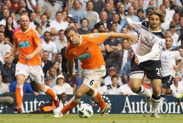 Tottenham y Blackpool protagonizaron un partido muy 'caliente' en la jor...