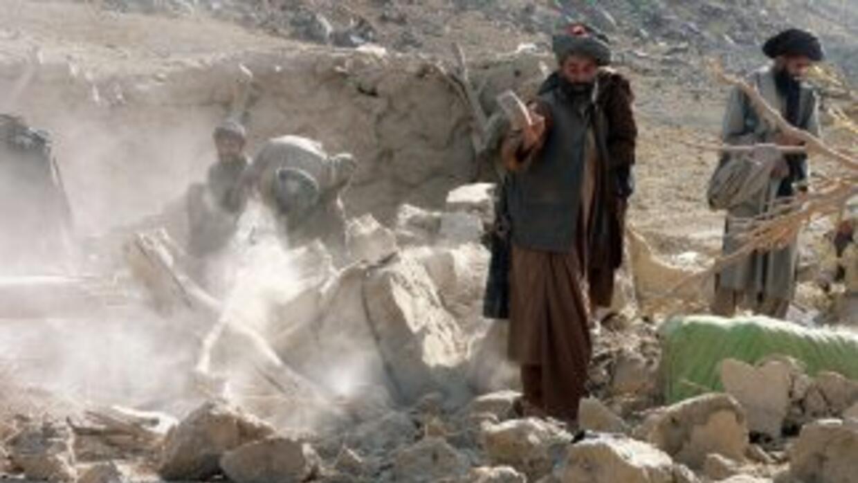 Hombres y mujeres celebran separados los casamientos en Afganistán, lo q...