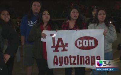 Los Angeles unido por justicia en Ayotzinapa
